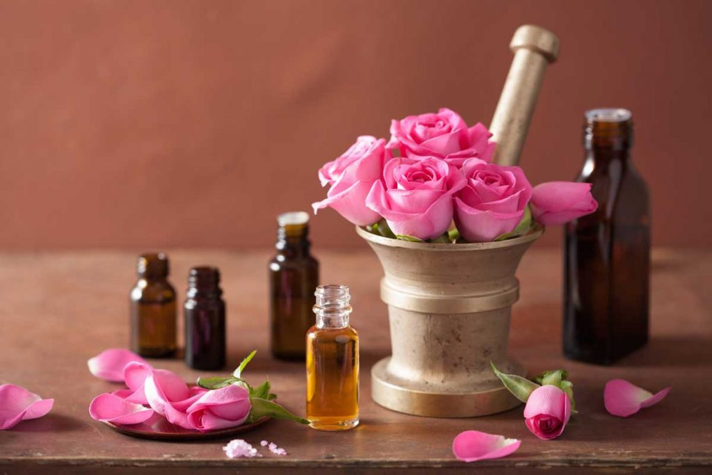 Rose essential oil For Healing Scars