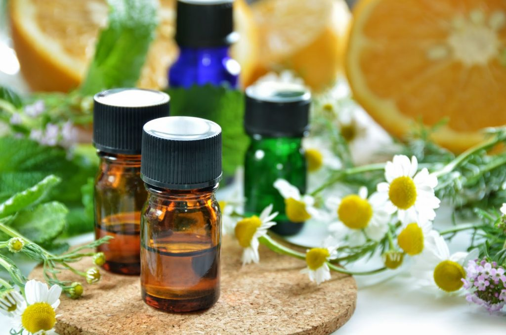 Chamomile essential oil for Itchy skin