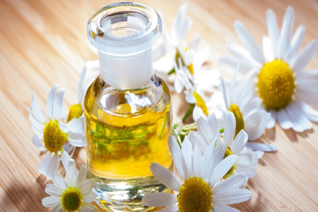 Chamomile essential oil for sunburn