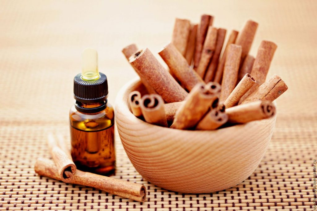 Cinnamon essential oil for menstrual cramps