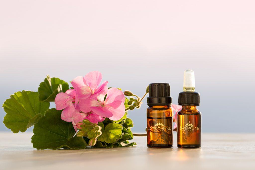 Geranium essential oil for menopause