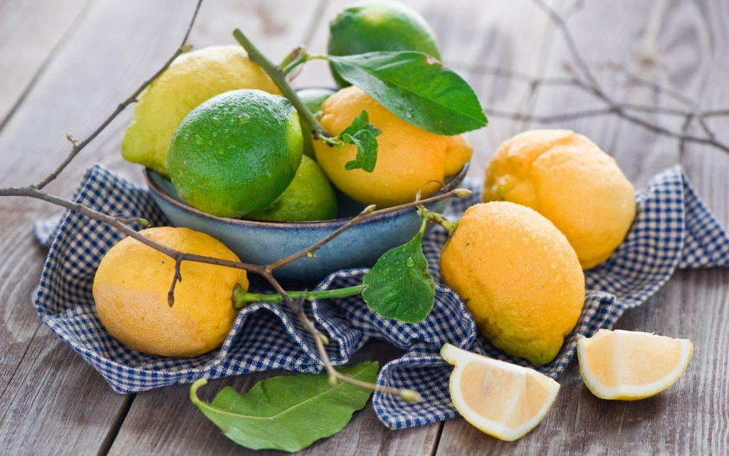 Lemon essential oil for cellulite