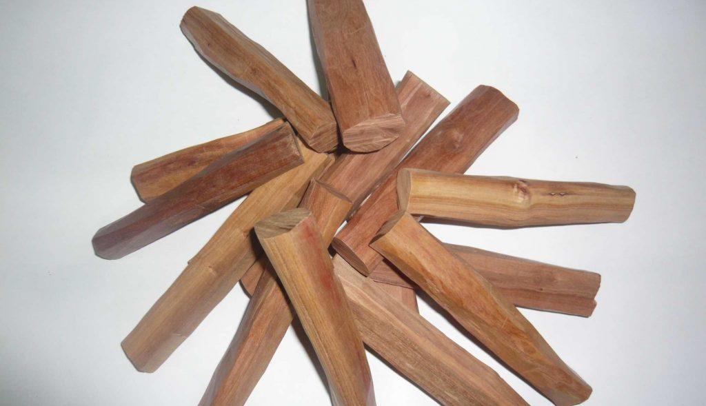 Sandalwood essential oil for romance
