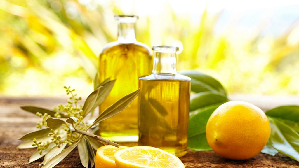 Lemon Essential Oil for Shingles