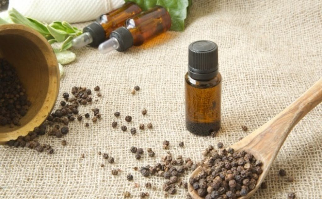 Black pepper essential oil for neuropathy