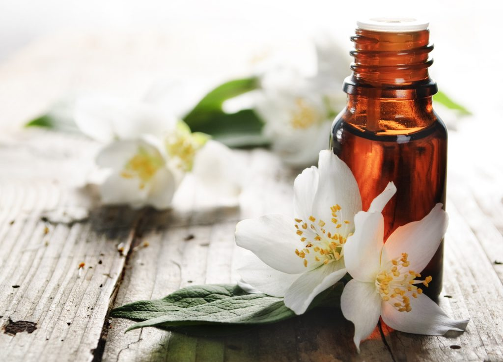 Jasmine essential oil for depression and stress
