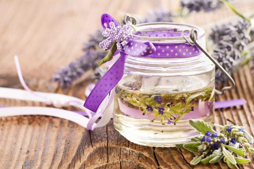 Best Essential oil recipes for the treatment of Athlete's foot