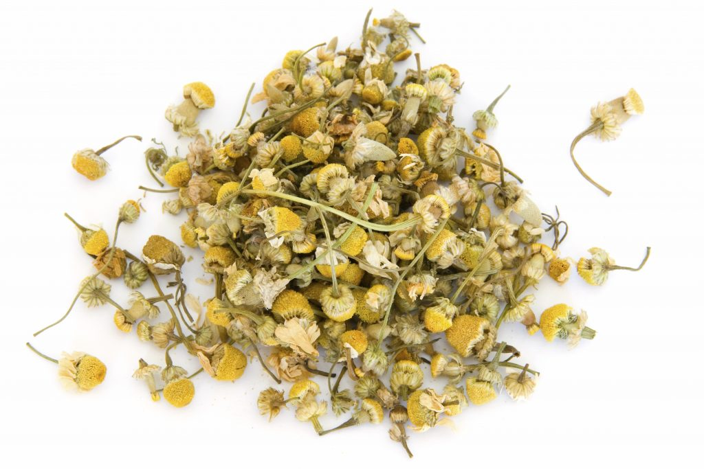German chamomile essential oil for hives