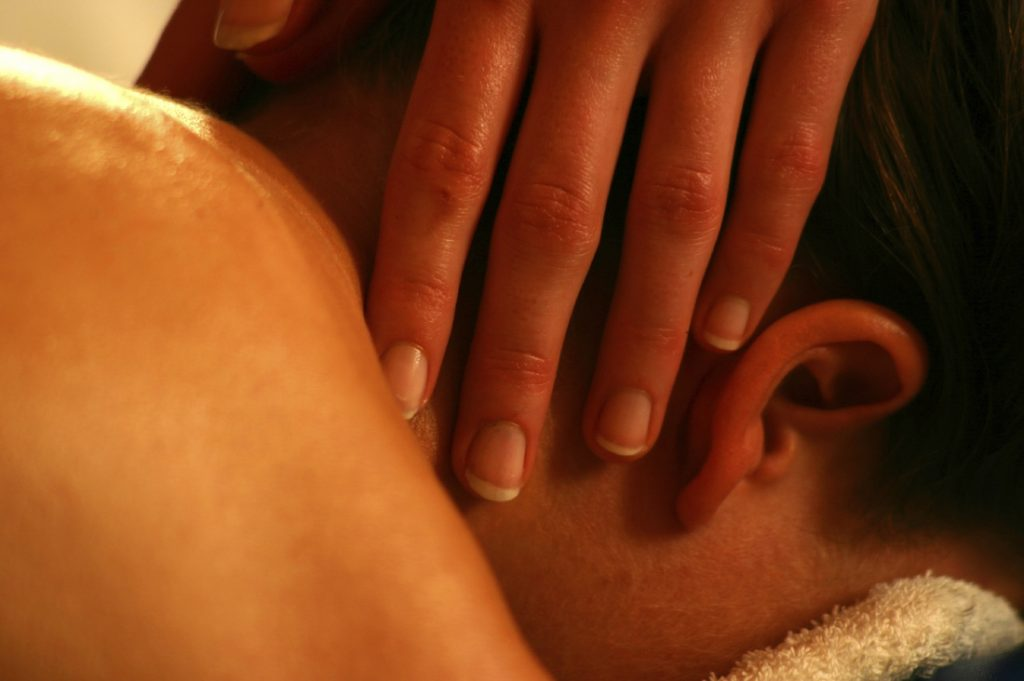 essential oils for pains