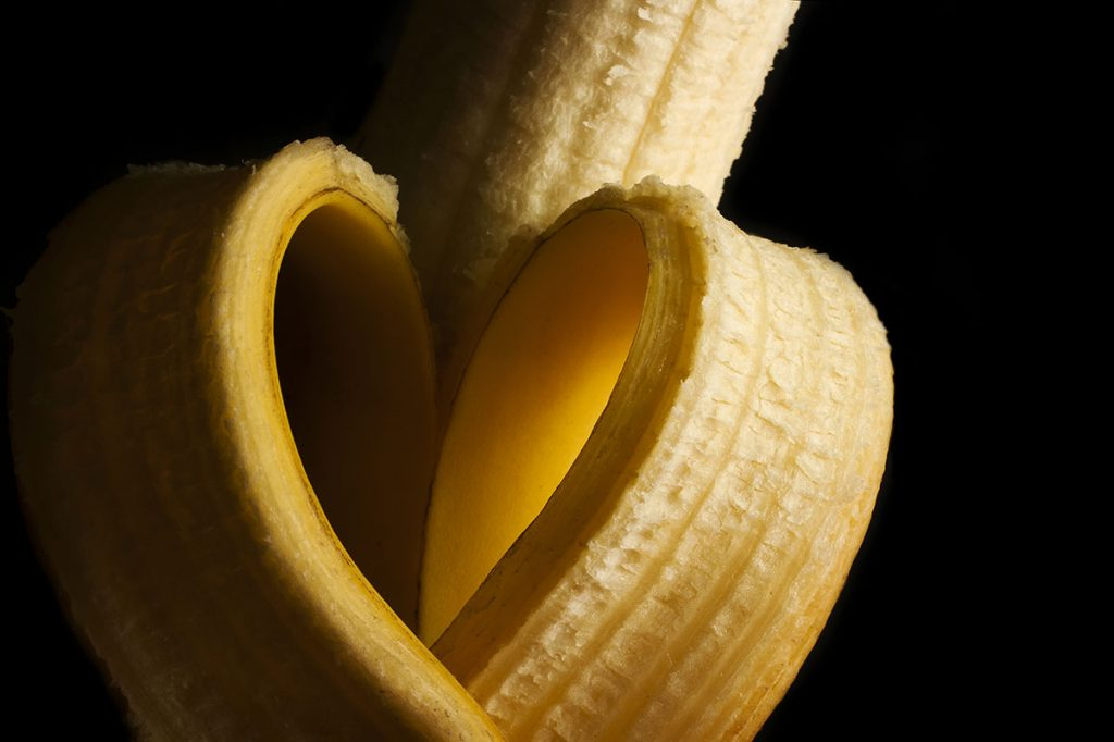 Banana peel as a home remedy for genital warts