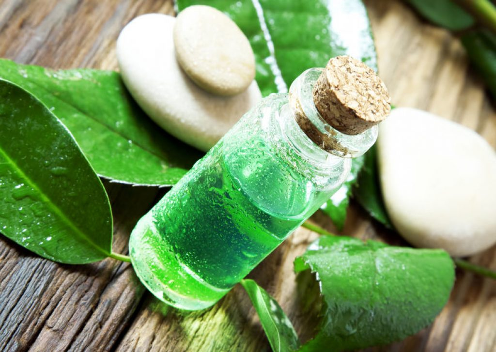 Tea tree oil to get rid of hemorrhoids