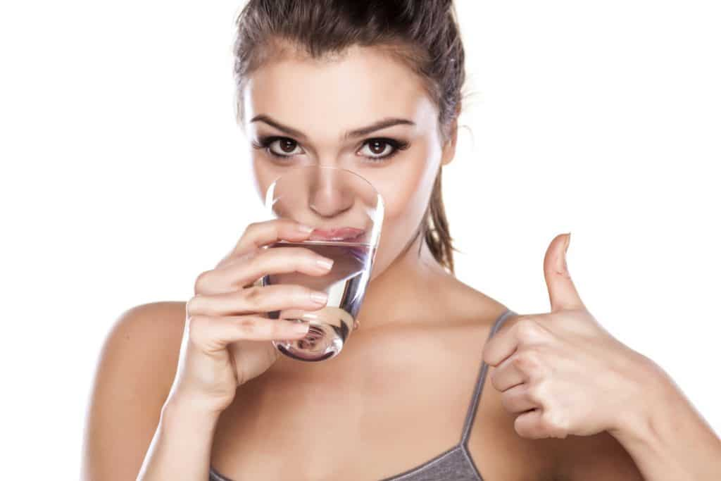 drinking water to get rid of stretch marks fast