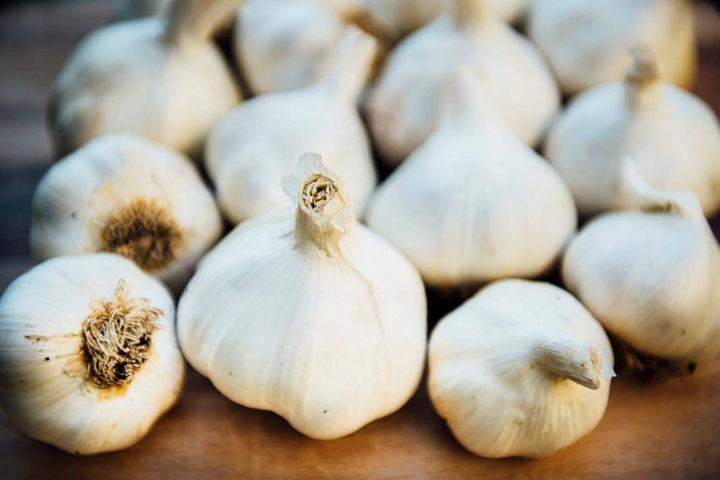 natural remedies for vaginal odor with Garlic