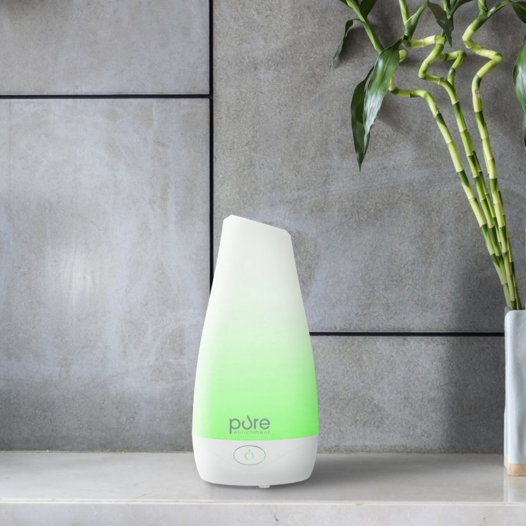 Compact Ultrasonic Aromatherapy Diffuser With Ionizer and Color-Changing Light