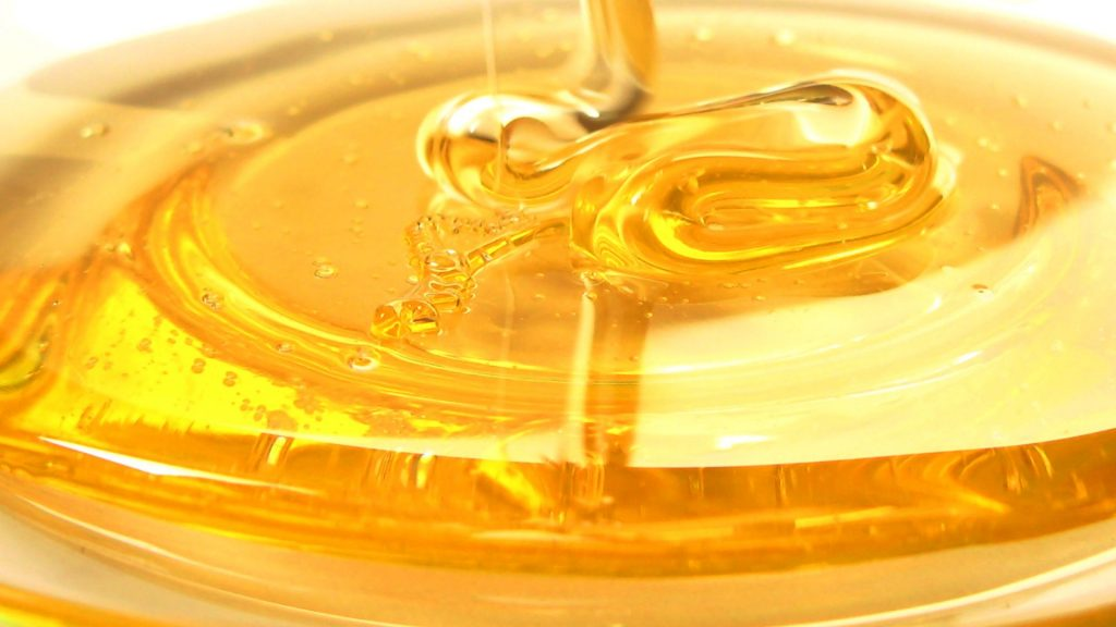 Honey as a natural remedyfor razor bumps