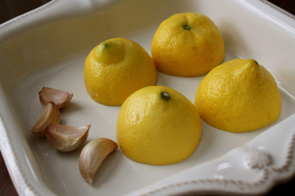 lemon juice with garlic as a home remedy for lice treatment