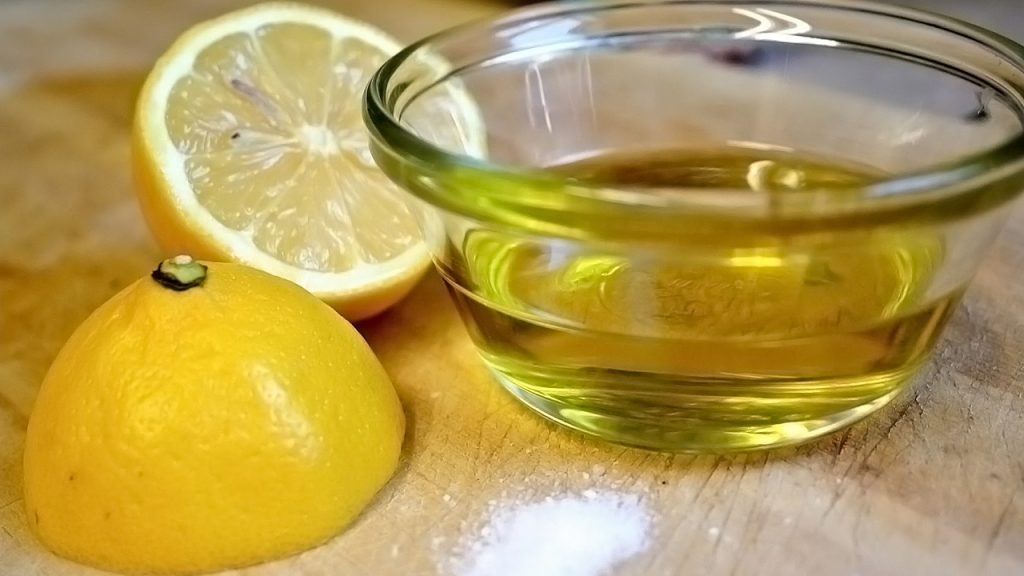 Olive oil with lemon juice to pass a kidney stone fast