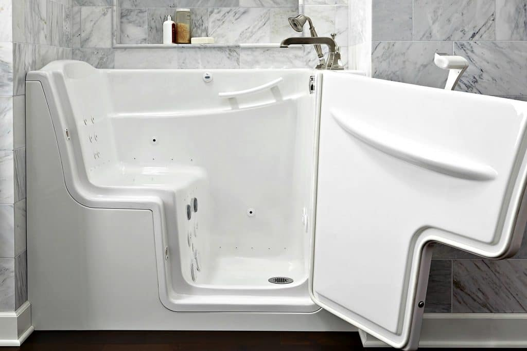 Bathtub with seat built in bathtub with seat built in for Walk in tub water capacity
