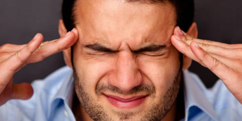 Top 10 Essential Oils for Migraines and 9 DIY Recipes For Headaches