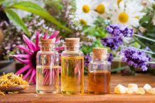 6 Best Essential Oils for Nerve Pain: How They Work and How to Use Them Right